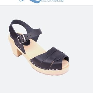 Lotta from Stockholm Peep Toe Black Leather Clogs